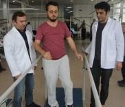 MOTOSİKLET KAZASI - Yürüyemez Denilen Genci Bir Ayda Yürüttü