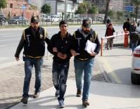 KAPKAÇ - Alanya'da 4 Ayrı Suçtan Aranan Şüpheli Yakalandı