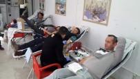 Bisikletliler Derneği Üyelerinden Kızılay'a Kan Bağışı