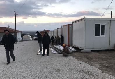 Depremden etkilenen köylerde okullar tatil