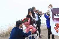 Dünyanın En Yüksek Peribacasında Evlilik Teklifi