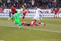 DA SILVA - Gol Düellosunda Kazanan İzmir Ekibi Oldu