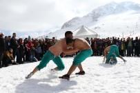 MUHITTIN BÖCEK - Pehlivanlar 'Kar Meydanı'na Çıktı