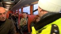 EMNIYET KEMERI - Polis Memuru Yolcu Gibi Otobüse Bindi, İhlalleri Tespit Etti