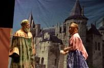 Bilecik'te 'Bir Prenses Masalı' Adlı Tiyatro Oyunu Sahnelendi