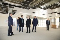 HEDİYELİK EŞYA - Çelikcan, Atakent Mahallesi'ne Yapılan Park İnşaatını Gezdi