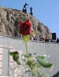 AŞIK VEYSEL - Ferhat İle Şirin'e 80 Bin Ziyaretçi