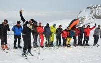 BAZ İSTASYONU - Hakkarili Kayakseverlerin Telefon Şebekesi Çilesi