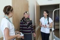 İkiz Kız Kardeşler Aynı Hastanede Hemşirelik Yapıyor