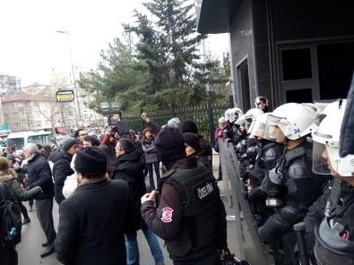 Marmara Üniversitesi'nde tehlikeli gerginlik