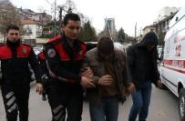 SARAYBAHÇE - Şehrin Göbeğinde Güpe Gündüz Define Arayınca Polise Yakalandılar
