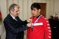 AVRUPA ŞAMPİYONU - Şampiyon Güreşçi Başarıya Doymuyor