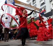 ROMANTIZM - Ziyapaşa'da 14 Şubat'ta Karnaval Havasında Kutlama