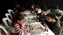 Bilgievleri Satranç Turnuvasında Kıyasıya Mücadele Sürüyor