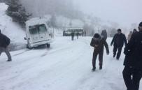 KAR KALINLIĞI - Domaniç'te Buzlanma Tehlikesi