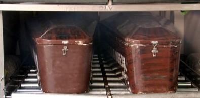 El ele ölüme gittiler, 14' Şubat'ta yapayalnız gömüldüler