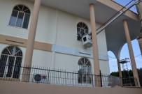 KARGıPıNARı - Erdemli Belediyesi'nin Camilere Destek Hizmeti Sürüyor