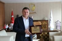LÜTFÜ SAVAŞ - Hatay Büyükşehir Belediye Başkanı Savaş'a Ödül