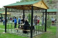KEÇİÖREN BELEDİYESİ - Kartaltepe Kent Ormanı'nda Aynı Anda 2 Bin 222 Kişi Piknik Yapabilecek