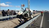 Kayseri'de feci kaza: 2 ölü, 10 yaralı