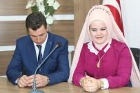 Niğde'de 14 Şubat'ta 11 Çift Nikah Kıydırdı