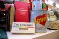 KURUDERE - Sevgililer Gününün Yeni Modası Esprili Hediyeler