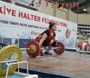MUSTAFA TALHA GÖNÜLLÜ - Üniversite Öğrencisi Halterde 3 Türkiye Rekoru Kırdı