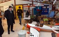 EĞİTİM UÇAĞI - Başkan Tütüncü, Karain Havacılık Eğitim Merkezi'ni Ziyaret Etti