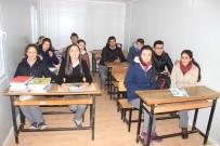 HASAN POLATKAN - Deprem Bölgesinde 2. Yarıyılın İlk Zili Prefabrik Dersliklerde Çaldı