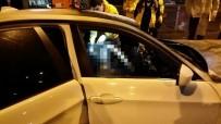 Direğe Çarpan Otomobil Yandı, Sürücü Can Verdi