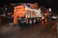 Düzce Belediyesi Tuzlama Çalışması Yapılıyor