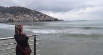 BALIKÇI TEKNESİ - Gürcistan'da Gemide Kaybolan Oğlunun Yolunu Gözlüyor