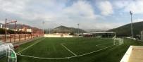 KARŞIYAKA BELEDİYESİ - Karşıyaka'da Spora 2 Bin Kişilik Futbol Sahası Desteği