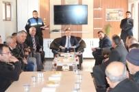ESNAF ODASı BAŞKANı - Kaymakam Zadeleroğlu Kahvehane Sahipleriyle Toplantı Yaptı