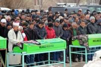 ÇETIN ARıK - Kazada Hayatını Kaybeden 5 Kişi Toprağa Verildi