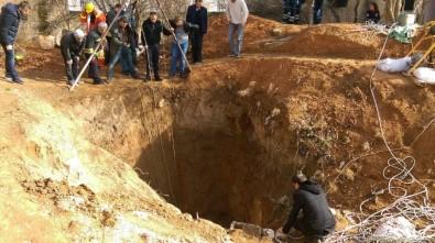 Kızıltepe'de Kuyuya Düşen Genç İçin Seferberlik