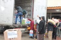 Öğrencilerden Halep'e Bir Tır Dolusu Yardım