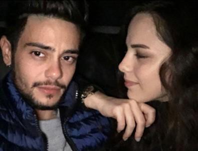 Rüzgar Erkoçlar, sevgilisi Tuğba Beyazoğlu'na evlilik teklifi etti