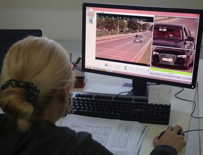 Trafikte hız cezasını özel sektör kesecek