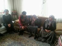 Vali Kamçı'nın Eşinden Şehit Üsteğmen Tarık Koçoğlu'nun Ailesine Ziyaret