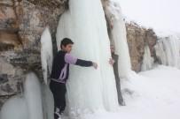 ŞELALE - Ağrı'da Dondurucu Soğuklar
