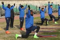 Akhisar, Beşiktaş Hazırlıklarını Sürdürüyor