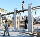 SAĞLIK HİZMETİ - Antalya Büyükşehir Kızıltoprak Sağlık Merkezini Yapıyor