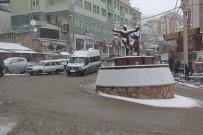 Artvin'de 51 Köy Yolu Ulaşıma Kapandı, 1 İlçede Eğitime Ara Verildi
