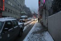 Artvin'de Kar Yağışı Hayatı Olumsuz Etkiliyor