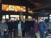 SERDİVAN BELEDİYESİ - Başkan Alemdar İstiklal Mahallesi Sakinleri İle Bir Araya Geldi