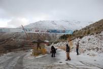 BIRGI - Bozdağ Kayak Merkezi Çığ Tehlikesi Nedeniyle Kapatıldı