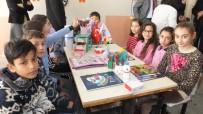 Burhaniye'de Üniversiteliler Köy Okuluna Sosyal Aktiviteler Sınıfı Kazandırdı