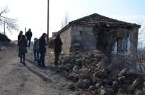 ÇANAKKALE VALİLİĞİ - Depremde Binalar Bu Yüzden Yıkıldı