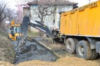 KURUÇAY - Erbaa'da Sulama Kanallarında Temizlik Çalışması